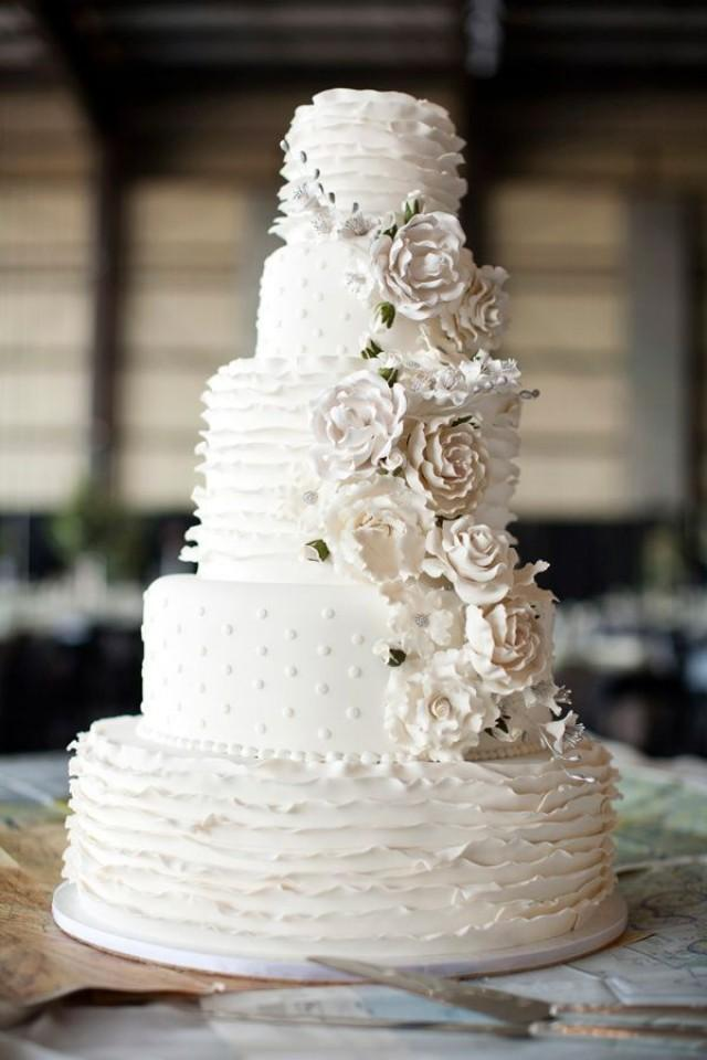 Trendsetting Ruffled Wedding Cakes You Must See  Weddbook