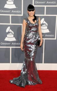 Jessie J Grammy Awards Red Carpet - Weddbook