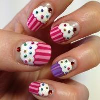 Wedding Cupcakes - Cupcake Nail Art; The Nail Trail ...