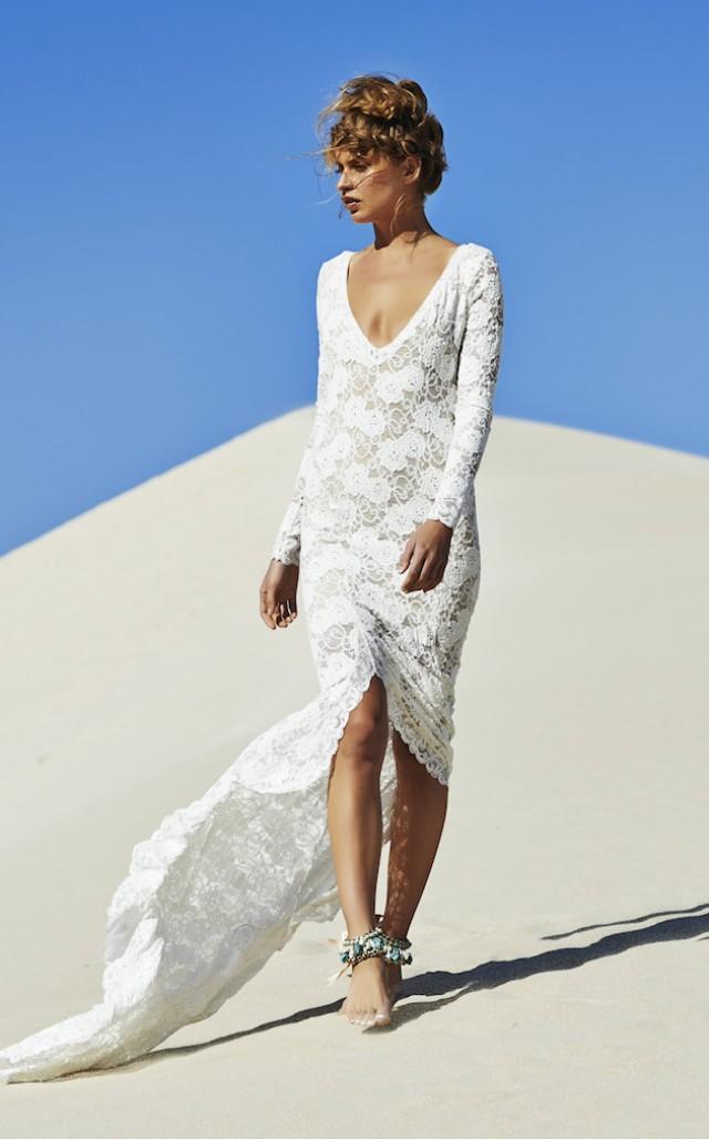Barefoot Beach Brides Bridal Musings Wedding Blog Weddbook