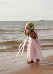 beach weddings pink linen flower