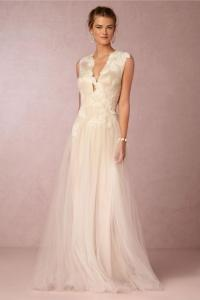 15 Plunging Neckline Wedding Dresses - Weddbook