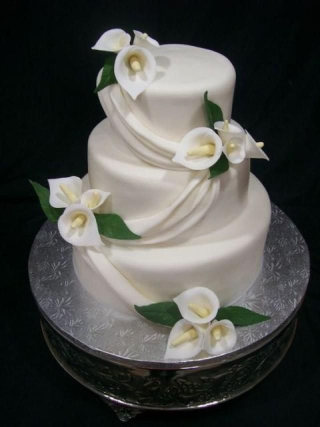 24 Elegant Ideas To Incorporate Calla Lilies Into Your Spring Wedding  Weddbook