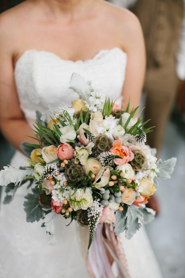 Romantische WeinleseScheune Hochzeit In Portland Oregon 2130346  Weddbook