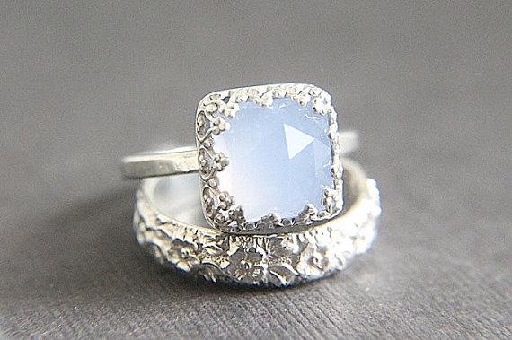 Izyaschnye wedding rings Alternatives to diamond wedding