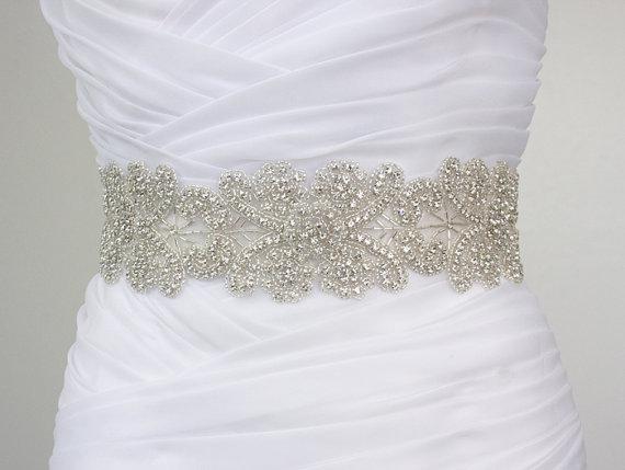 Vintage Inspired Flower Crystal Rhinestone Bridal