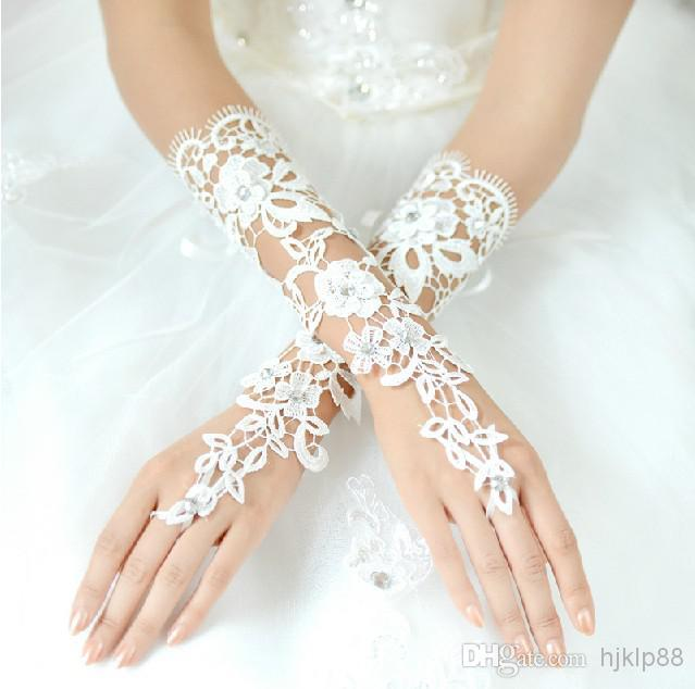 New Beautiful Bridal Accessories About 29cm Luxury Lace Flower Glove Hollow Long Bridal Gloves