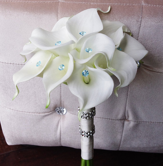 silk wedding bouquet with calla lilies off white natural touch callas and crystals silk bridal flowers