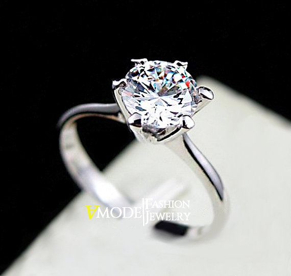 ... Single Diamond White Gold Engagement. Solitaire Ring 1 Carat Round Cut  Cubic Zirconia 6 G Simulated