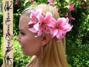 wedding lily hair flower fascinator