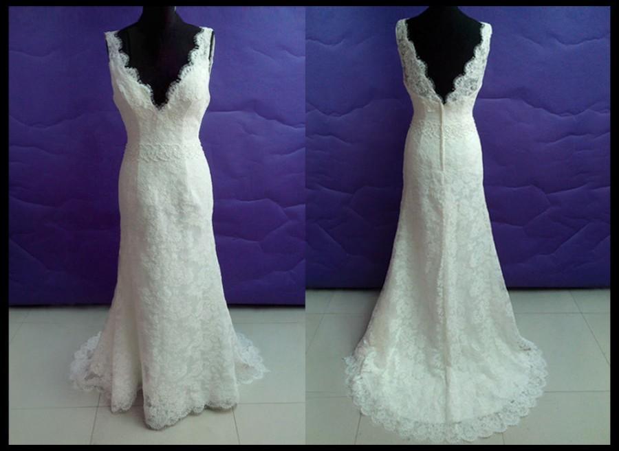 Simple Lace Wedding Dress In Vintage Wedding Dresses Long