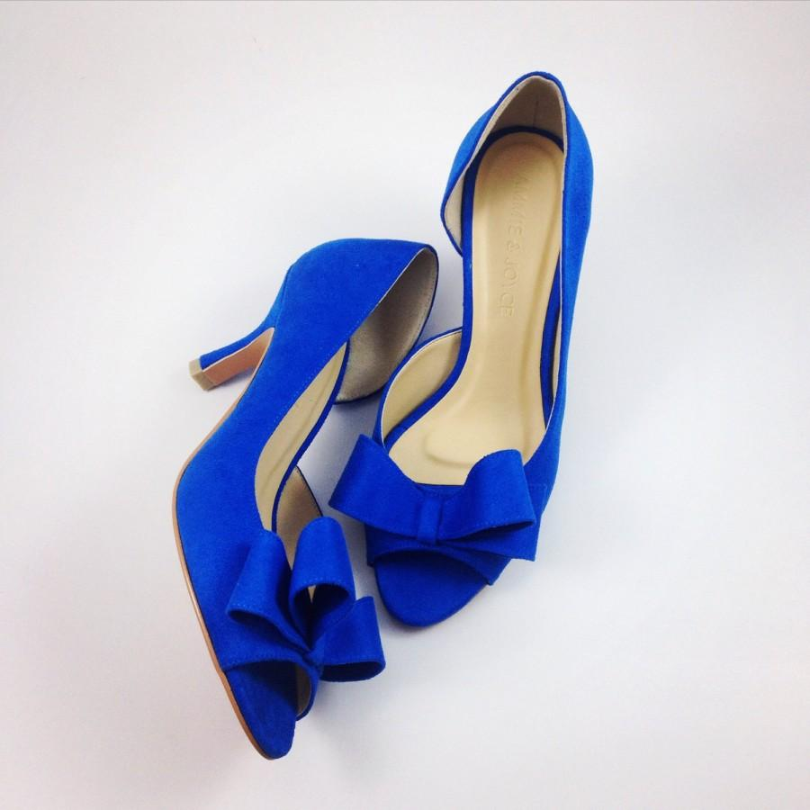 something blue wedding shoes electric blue wedding shoes cobalt blue bridal shoes blue bridesmaids shoes royal blue suede half d orsay