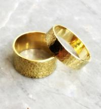 Set Of Wedding Rings. His And Hers Wedding Ring. Set Of ...