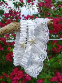 Beach Wedding White Lace Starfish Garter Set, Silver