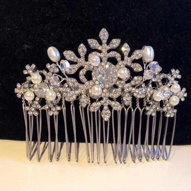 winter snowflake hair comb -wedding hair comb - bridal hair