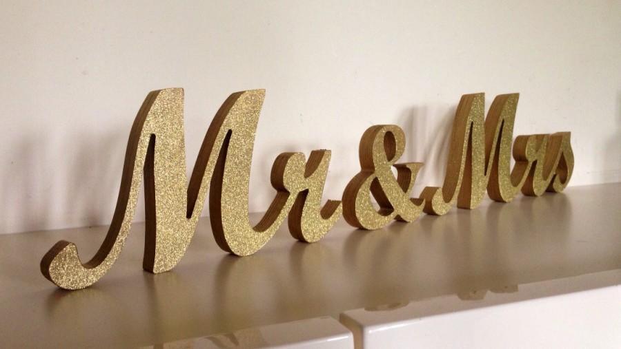 Gold Glitter MR MRS Wedding Sign For Sweetheart Table