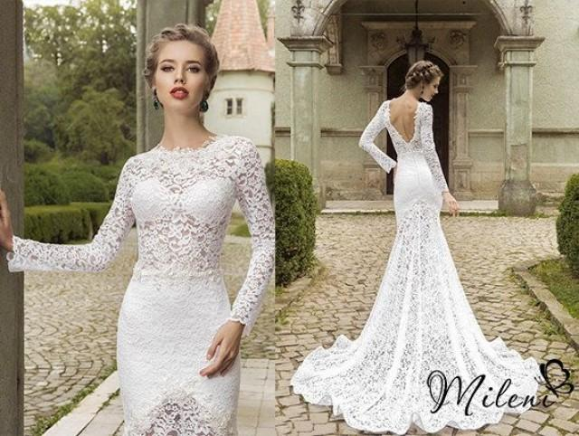 Very Elegant And Beautiful Lace Wedding Dress. Slimming