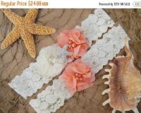 ON SALE GARTER / Beach Wedding Garter / Coral Garter Set