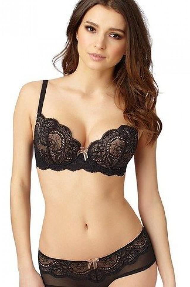 11 Gorgeous Lingerie Brands For Big Boobs 2512445  Weddbook
