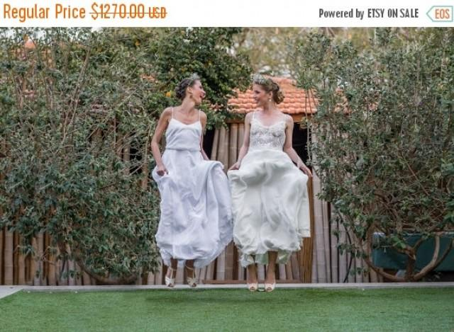 Christmas In July Sale Romantic Vintage Lace Wedding Dress
