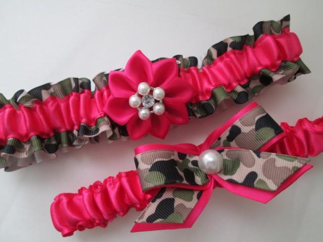 CAMO WEDDING Garter Set, Hot Pink Garters, Camo & Fuchsia