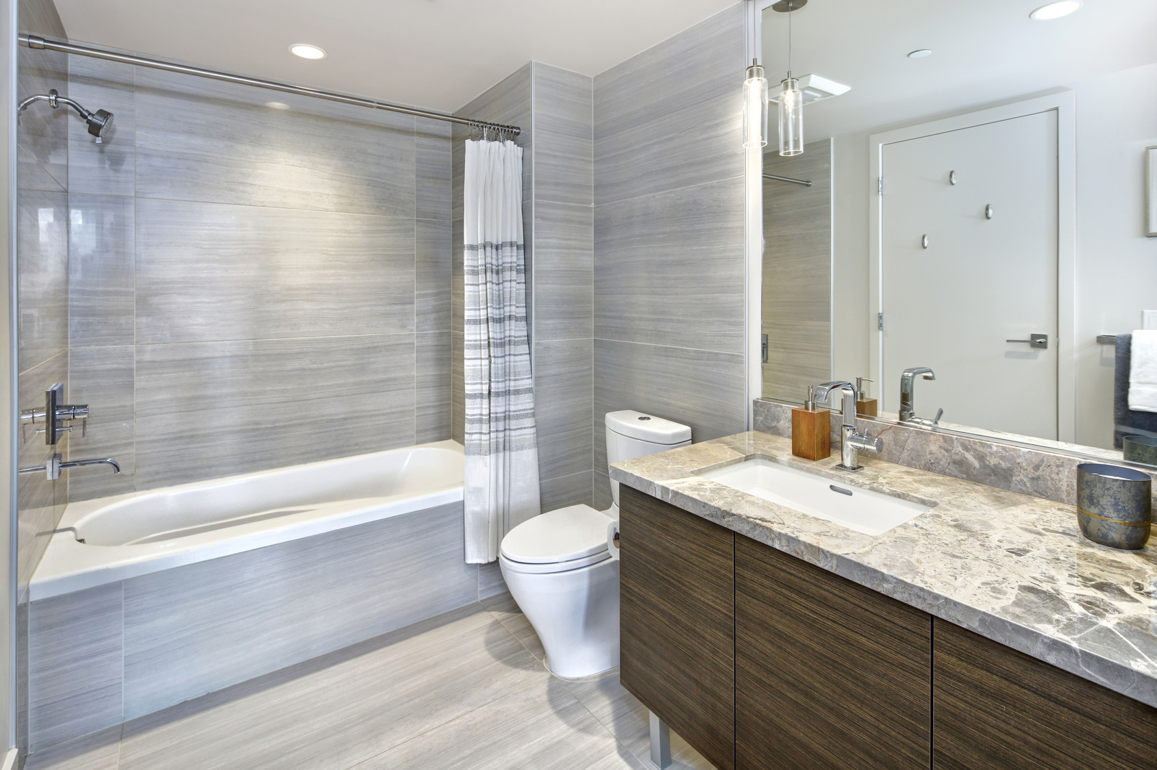 7 Small Ways You Can Give Your Bathroom A Big Transformation Tandem