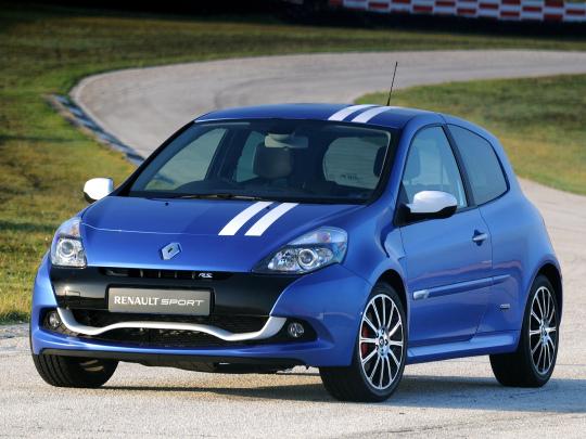 Renault Clio R.S - hot hatch rodem z Francji
