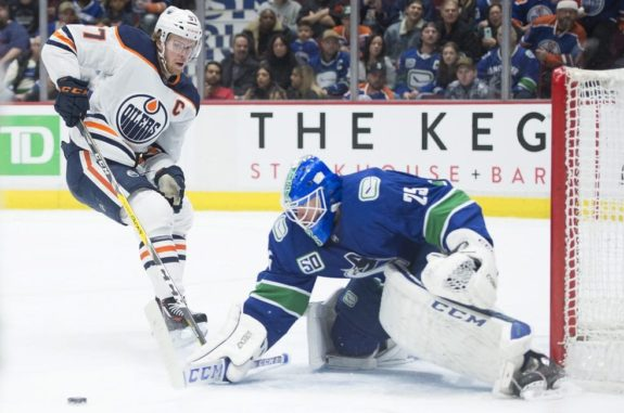 Edmonton Oilers Connor McDavid Canucks of Vancouver Jacob Markstrom