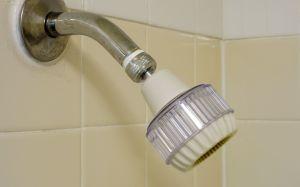 Low-flow showerhead
