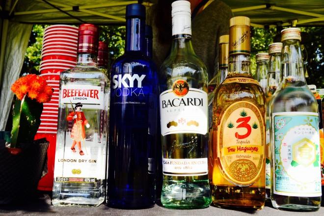 お酒の種類も豊富で完全オフのひとときを過ごす準備も万端!