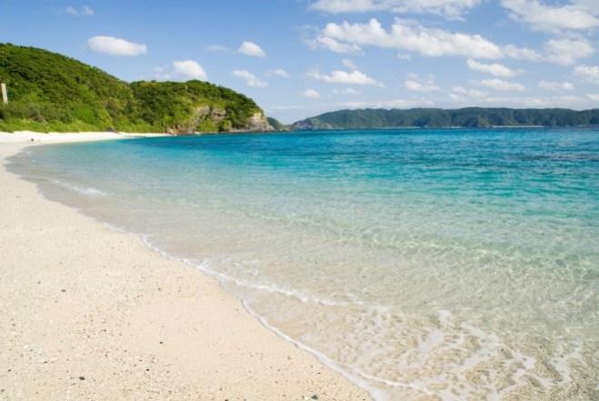 Furuzamami_beach_Okinawa_Zamami