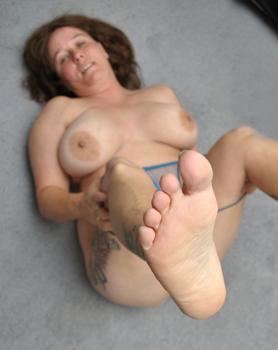 leann luscious curvy