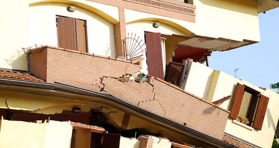 How Earthquake-Proof Buildings Work | Structural engineering