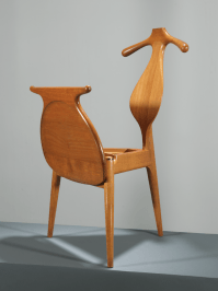 Classic, Practical Furniture Design: Hans Wegner's Valet ...