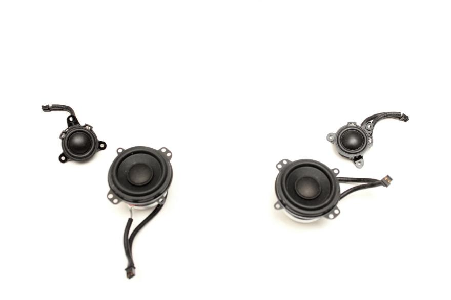 A Look Inside Your Wireless Speaker: Beats Pill Plus