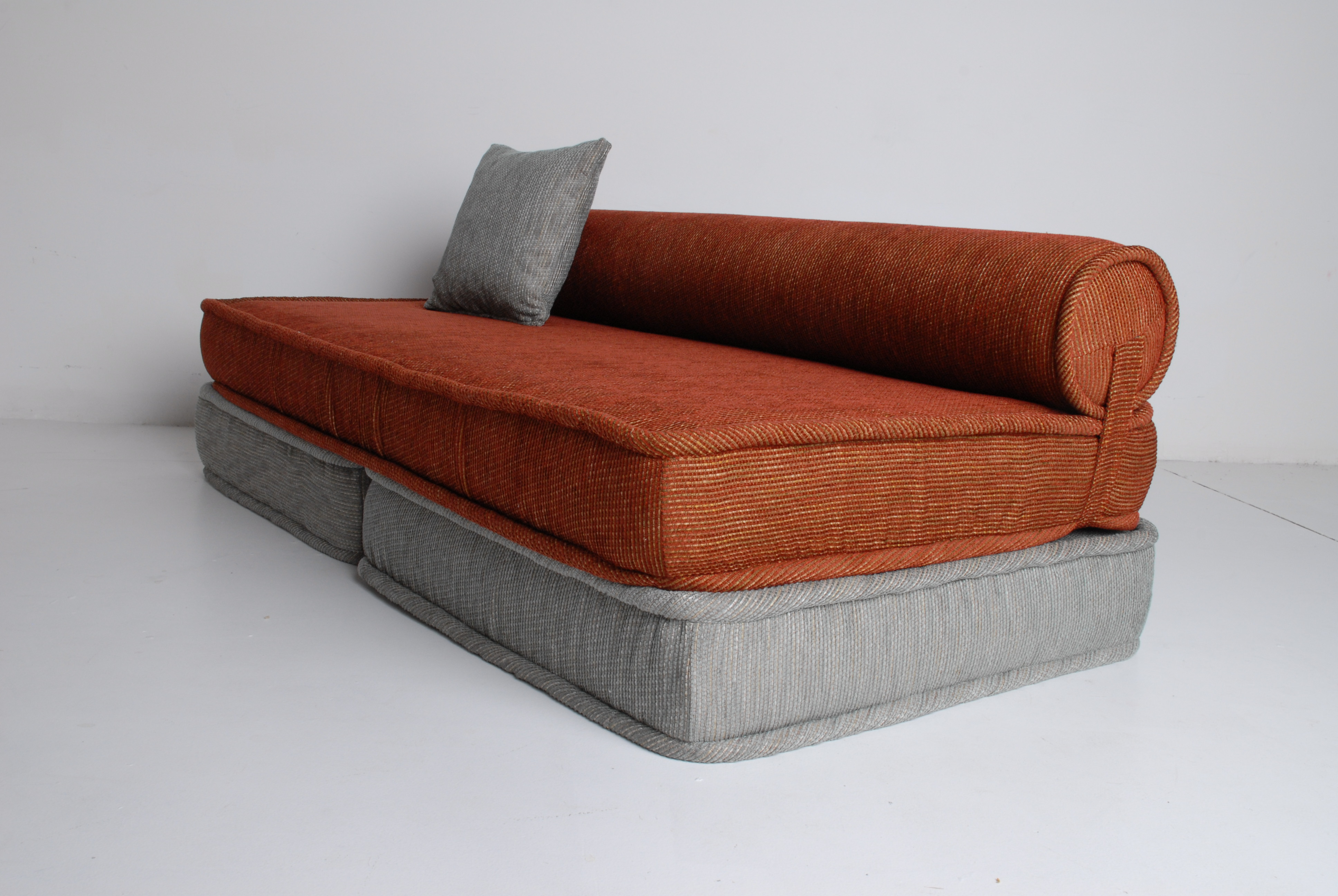 Floor Furniture