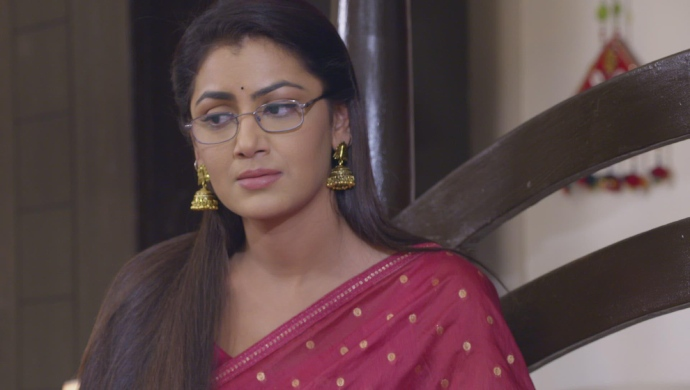 Kumkum Bhagya 24 October 2019: Abhi Wants To Meet Pragya's Daughter