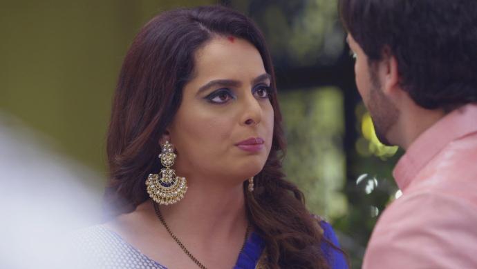 Kundali Bhagya 24 October 2019: Sherlyn Tries To Kill Mahesh Again?