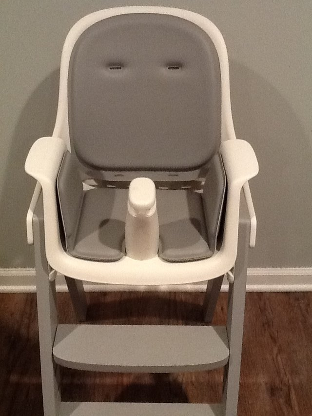oxo tot sprout chair herman miller rolling high in grey baby kids for chicago