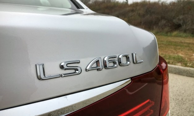 2015 Lexus LS460L Review
