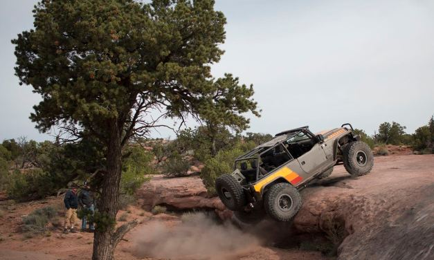 JCR Offroad : Lifted & Stretched Jeep JK on 40s
