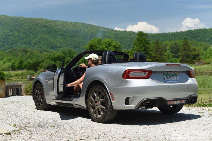 Fiat 124 Abarth rear