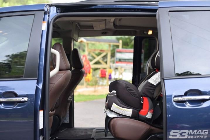 Toyota Sienna rear seats