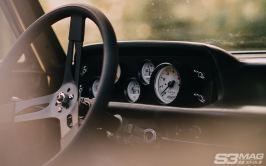 BMW 2002 dash gauges
