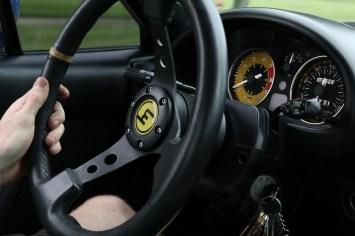 s3-magazine-gingium-18-steering-wheel