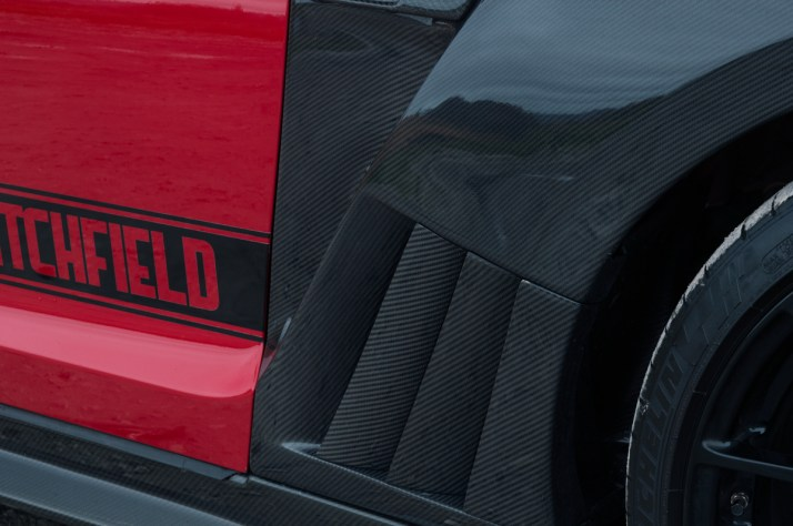 GTR-Red-Carbon-17