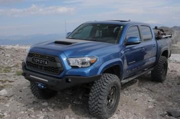 Toyota-Tacoma-Offroad-4x4-TRD-Sport-7