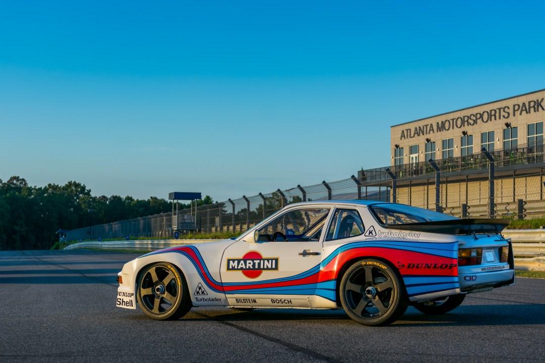 Porsche 944 martini