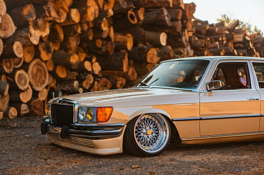 lowered Benz