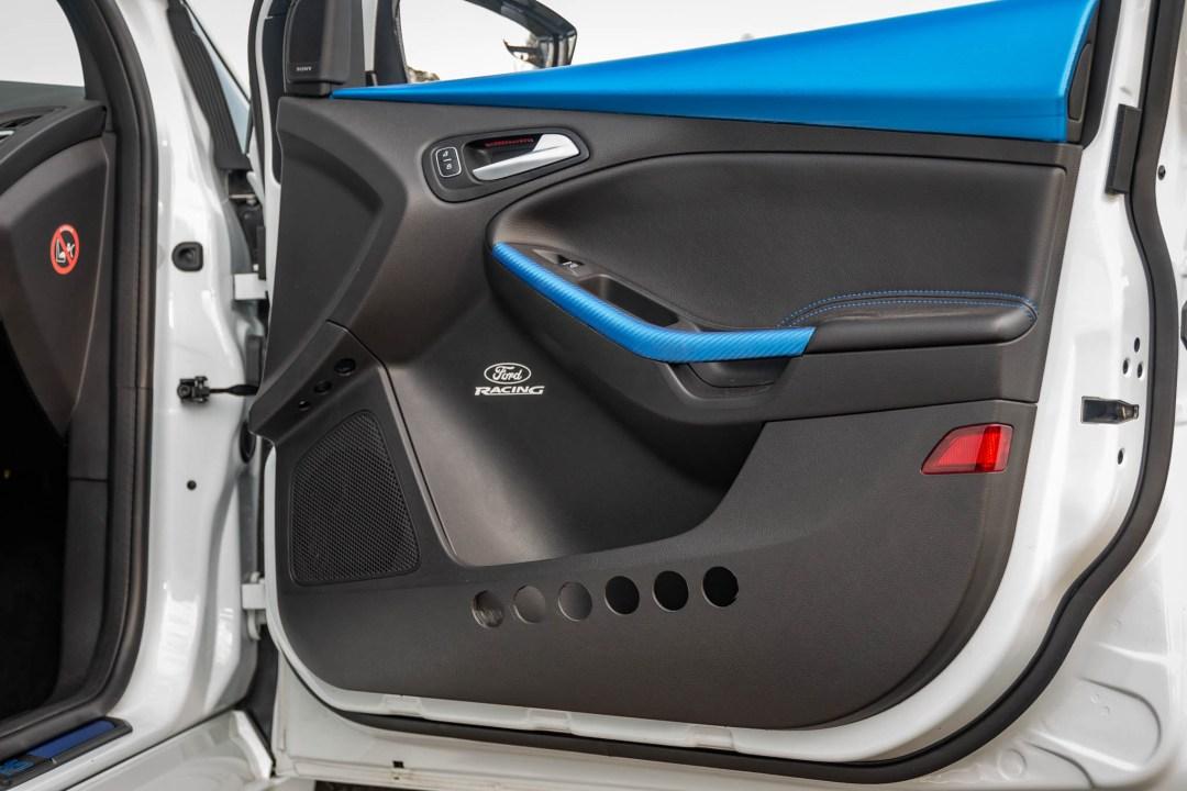 Focus RS door